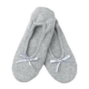 Cashmere slippers, Charlotte & Co