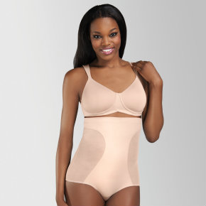 Amoena launches mastectomy shapewear collection