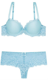 Five of the best powder blue lingerie sets for Chantelle rive gauche t shirt bra