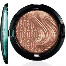 MAC Alluring Aquatic Bronzer